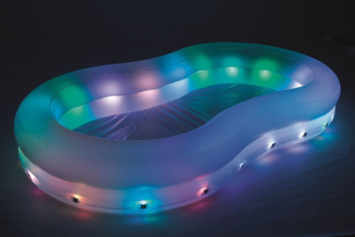 Schwimmbecken swimming pool led swimmingpool beleuchtet for Gartenpool angebote