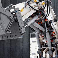 LEGO® 42100 Liebherr R 9800 Mining-Bagger Vorschau
