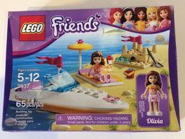 3937 - Olivia's Rennboot