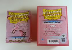 Dragon Shield BUNDLE - Gaming Box + 100 Sleeves -  Pink