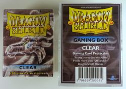 Dragon Shield BUNDLE - Gaming Box + 100 Sleeves - Clear
