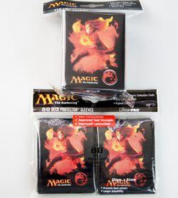 80 Ultra Pro Sleeves + Deckbox Set - Mana 4 Red Chandra