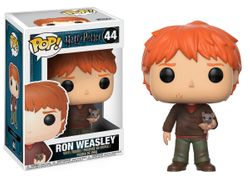 Funko POP! Movies - Ron Weasley with Scrabbers #14938