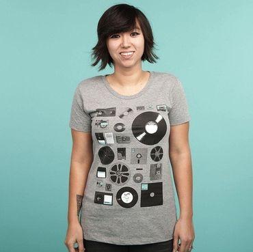Data - T-Shirt - Damen - Größe M - (NEU) – Bild 1