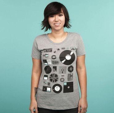 Data - T-Shirt - Damen - Größe L - (NEU) – Bild 1