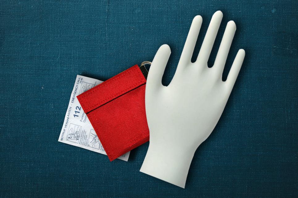 HLW Beatmungsmaske & Einweghandschuhe