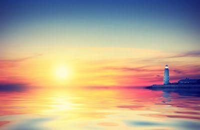 Fototapete - Leuchtturm im Sonnenuntergang – Bild 4