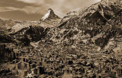 Fototapete - Zermatt am Matterhorn in der Schweiz – Bild 6