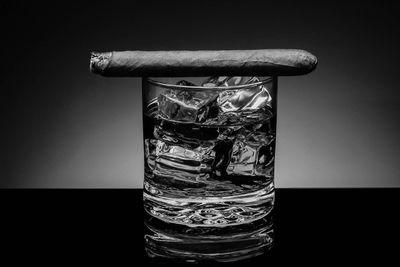 Fototapete Zigarre am Conyac Drink  – Bild 6