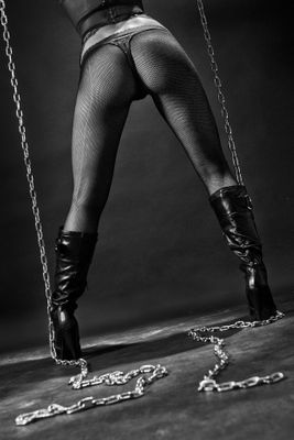 Fototapete Heels and Chains  – Bild 2