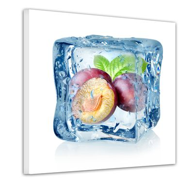 Leinwandbild - Eiswürfel Pflaume