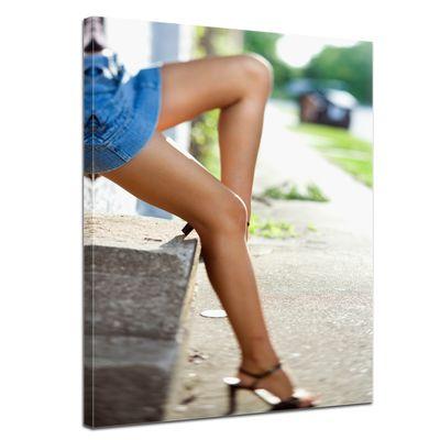 Leinwandbild - sexy Frauenbeine – Bild 1