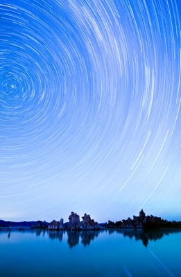 Fototapete - Star Trails over Mono Lake – Bild 2