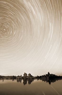 Fototapete - Star Trails over Mono Lake – Bild 4