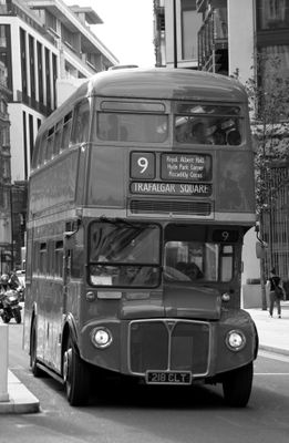 Fototapete - Alter Doppeldeckerbus London – Bild 6