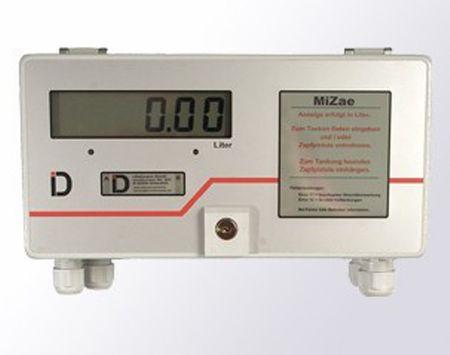 Minizähler mit einer großen LCD Anzeige ca. 25mm hoch, Tages- u. Gesamtsummenzähler, Impulsfaktor, Abgabe-, Nachlaufzeit, Menge Nulltankungen (Bestellangaben), inkl zwei Magnemodule für Bedienung von außen