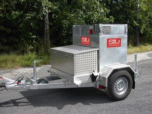 PKW Anhänger mit Werkzeugkiste für KUBICUS® Transportbehälter 001