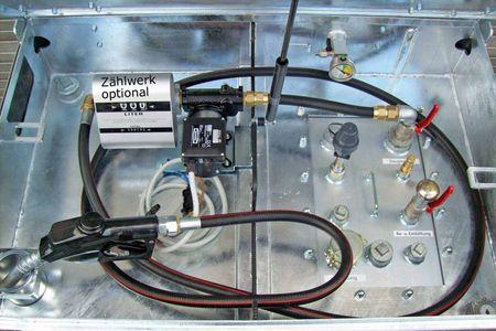 Dieselpumpenset für Kubicus 350-1000: 12V + 24V Pumpe 35-70 l/min, 4m Batteriekabel mit Klemmen und Sicherung, 4m Zapfschlauch, autom. Zapfpistole. Inkl.Einbau bei gleichzeitigem Kauf eines Kubicus 350-1000 Behälters