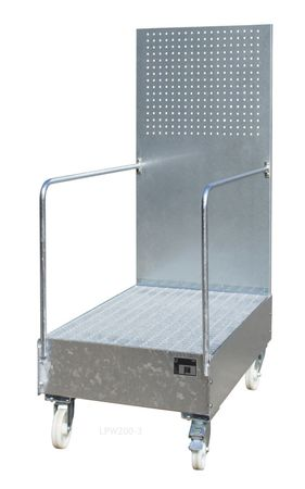 Feuerverzinkte fahrbare Auffangwanne mit Lochplattenwand Typ LPW, Gitterrostauflage, für 1 x 200l Fass, Auffangvolumen 203l, Leergewicht 100kg, Abm.: 870 x 890 x 2110 mm (LxBxH).  – Bild 1