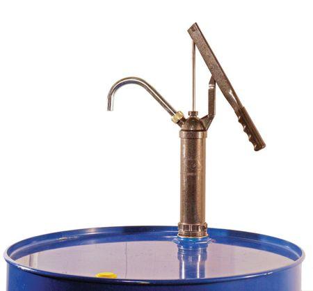 """Handhebelpumpe für Öle bis SAE 90, mit Teleskopsaugrohr für 60 - 200 Liter Fässer, 2"""" Fassgewinde und gebogenes Auslaufrohr"""