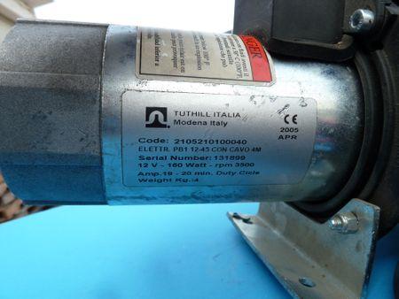"""Gebrauchte Tuthill 12V Dieselpumpe mit Tragegriff, Schalter, 4m Batteriekabel mit Klemmen und Sicherung, max. 45 l/min. Anschlüsse 1""""  – Bild 3"""