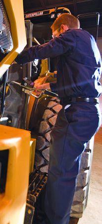 """Graco Handdurchlaufzähler SDP15 mit Digitalanzeige, Mengenvorwahl,  Handgriff mit Drehgelenk 3/4"""" IG, gebogenes Auslaufrohr mit Tropfenstopp-Funktion. Durchfluss max. 53 l/min. – Bild 3"""