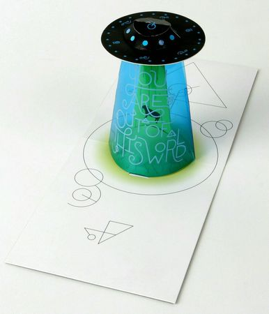UWP LUXE Geburtstag Pop UP 3D Laser Karte Grußkarte Ufo Raumschiff 13x11cm