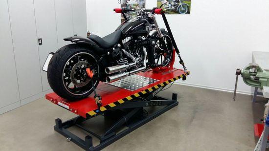 Motorradhebebühne, REMO Powerlift 1000, 1000Kg Tragkraft, Schwarz – Bild 9