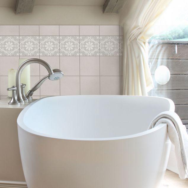 Produktfoto Fliesen Bordüre - Blumendesign Light Grey 15x15 cm - Fliesenaufkleber Grau