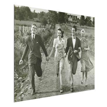 Produktfoto Aluminium Print - Wandbild Holding Hands - Quer 3:4