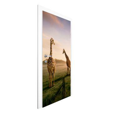 Produktfoto Vliestapete Tür - Surreal Giraffes - Türtapete
