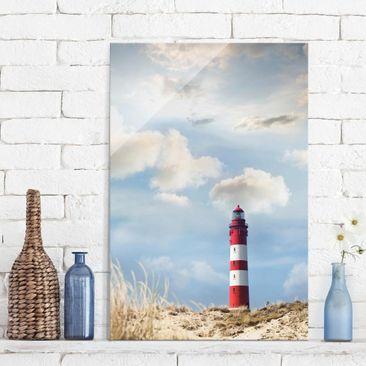 Produktfoto Glasbild - Leuchtturm in den Dünen - Hoch 3:2