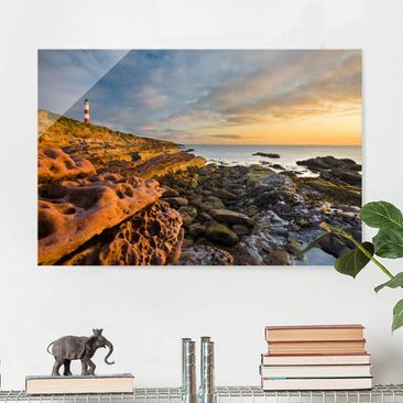 Immagine del prodotto Quadro in vetro - Tarbat Ness Lighthouse and sunset at sea - Orizzontale 2:3