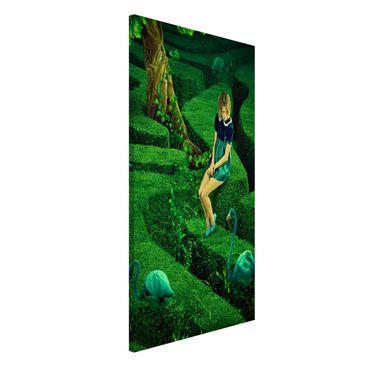 Produktfoto Magnettafel - Frau im Labyrinth - Memoboard Hoch 4:3