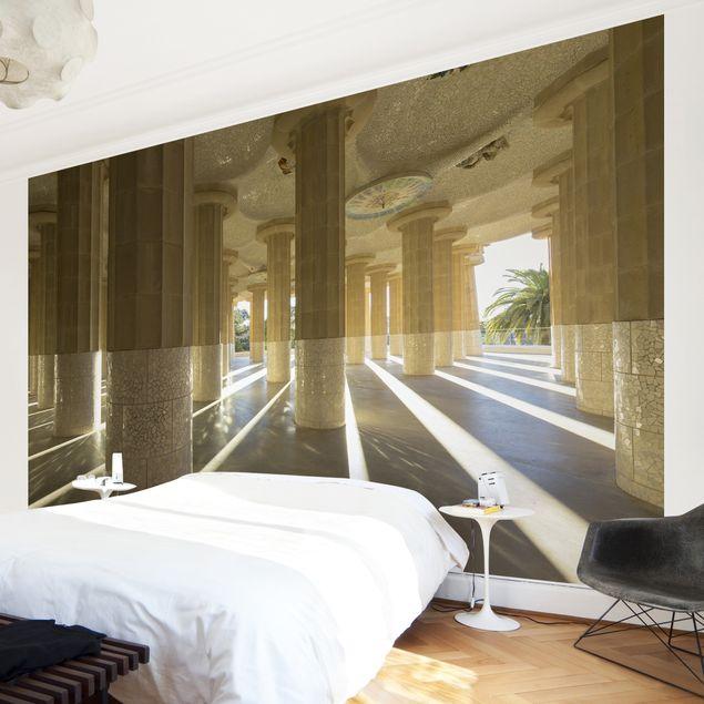 selbstklebende tapete fototapete s ulen lichtspiel barcelona. Black Bedroom Furniture Sets. Home Design Ideas