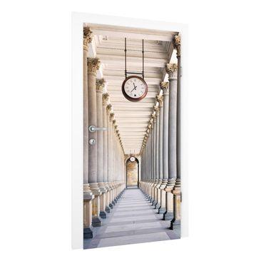 Immagine del prodotto Carta da parati per porte Premium - Columns in the Mill Colonnade in Karlovy Vary - 215cm x 96cm
