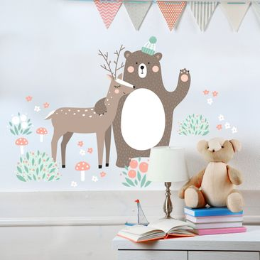 Immagine del prodotto Adesivo murale Children's pattern Forest friends with bear and deer