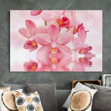 Produktfoto Leinwandbild - Rosa Orchideen auf Wasser - Quer 2:3, vergrößerte Ansicht in Wohnambiente, Artikelnummer 205472-XWA