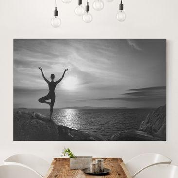 Produktfoto Leinwandbild Schwarz-Weiß - Yoga schwarz weiss - Quer 2:3, vergrößerte Ansicht in Wohnambiente, Artikelnummer 205635-XWA