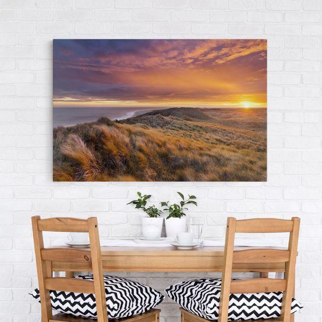 Produktfoto Leinwandbild - Sonnenaufgang am Strand auf Sylt - Quer 2:3, in Wohnambiente, Artikelnummer 205864-WA