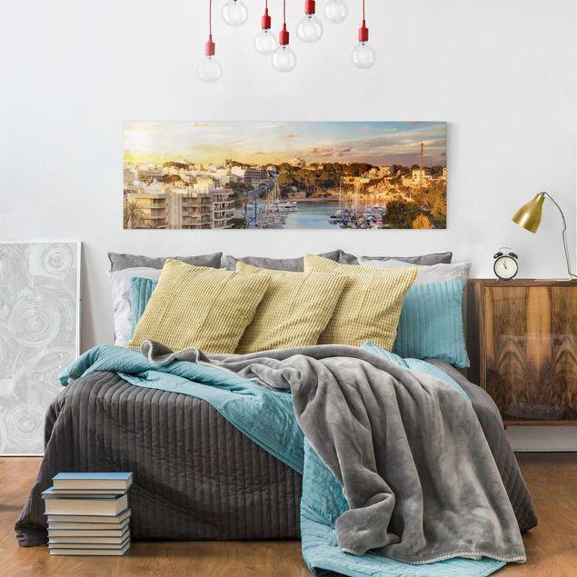 Produktfoto Leinwandbild - Sunny Porto Cristo - Panorama Quer, in Wohnambiente, Artikelnummer 208116-WA