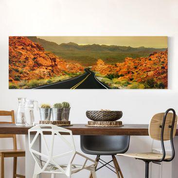 Produktfoto Leinwandbild - Tal des Feuers - Panorama Quer, vergrößerte Ansicht in Wohnambiente, Artikelnummer 208123-XWA