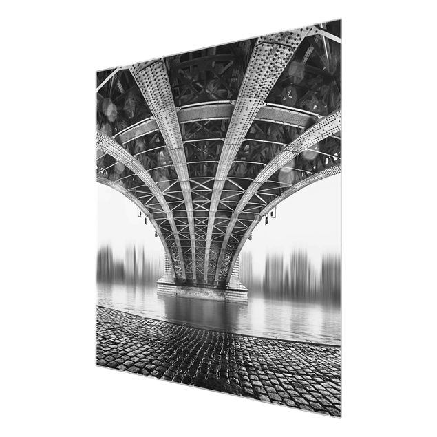 Produktfoto Glasbild - Under The Iron Bridge - Quadrat 1:1