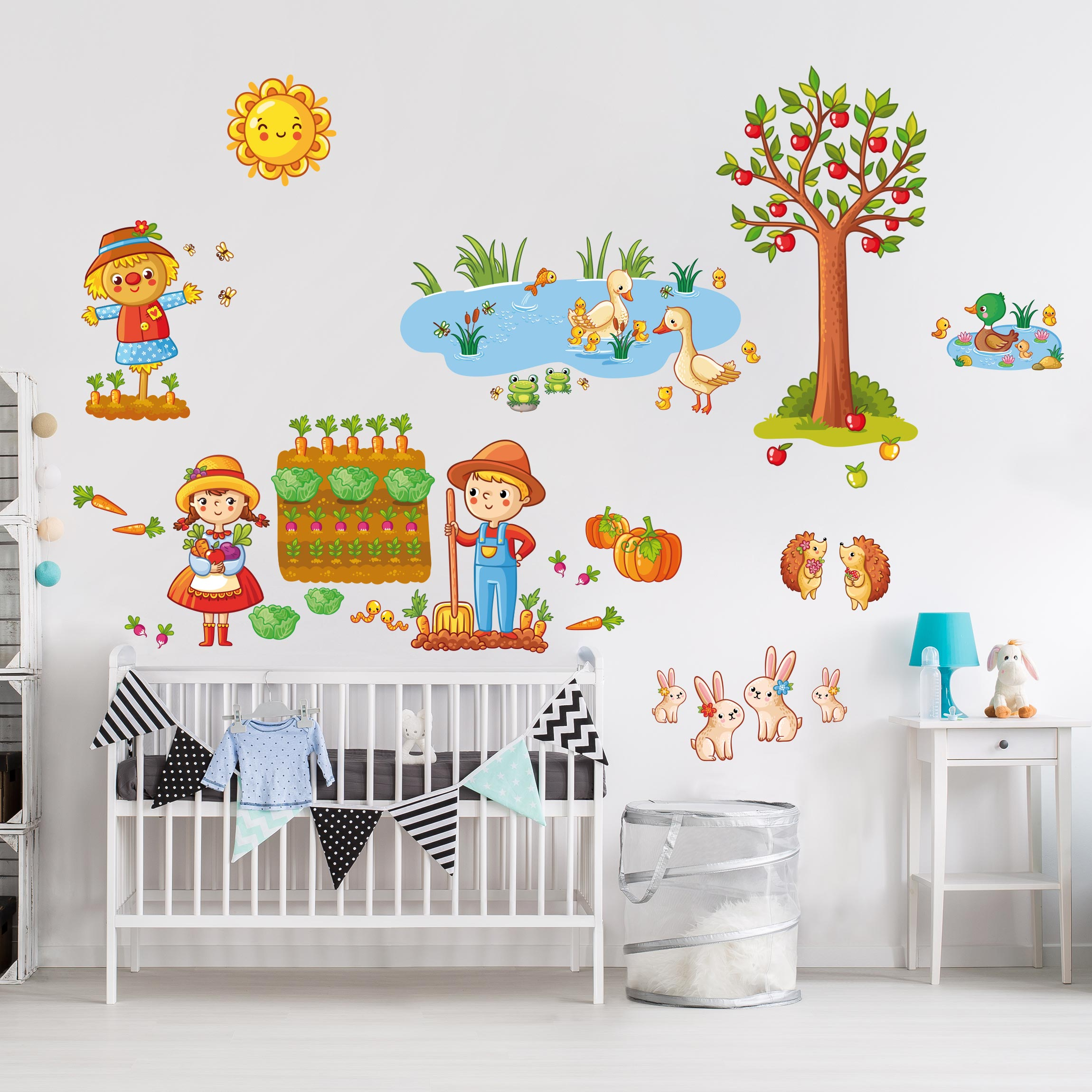 wandtattoo kinderzimmer bauernhof set mit garten. Black Bedroom Furniture Sets. Home Design Ideas