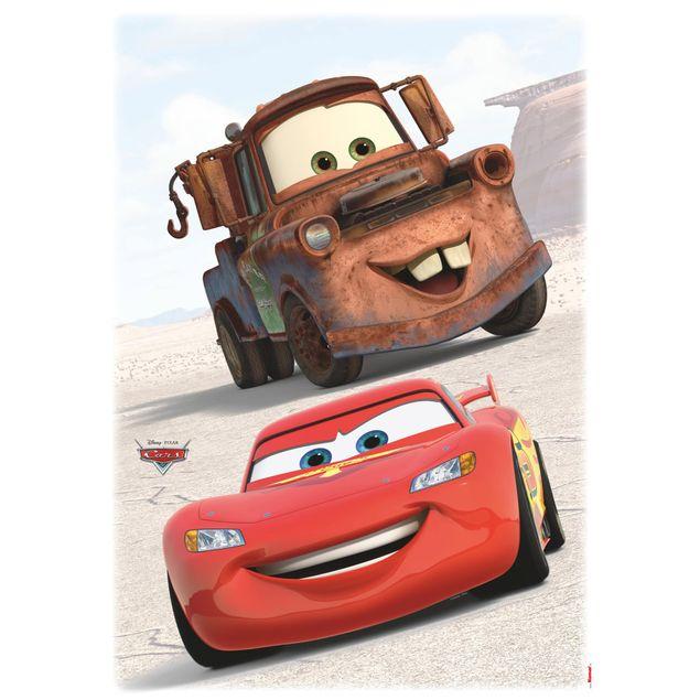 Produktfoto Disney Cars Wandtattoo - Freunde - Lightning McQueen & Hook - Komar Deco-Sticker