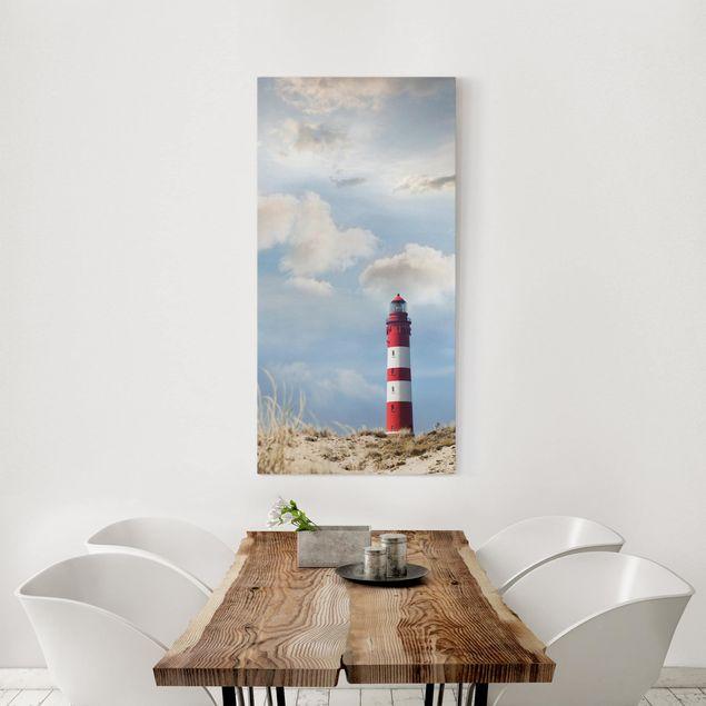 Produktfoto Leinwandbild - Leuchtturm in den Dünen - Hoch 2:1, in Wohnambiente, Artikelnummer 211793-WA