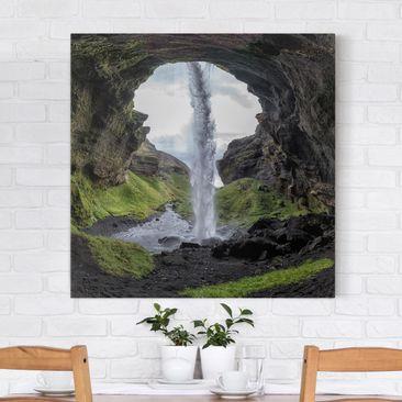 Produktfoto Leinwandbild - Verborgener Wasserfall - Quadrat 1:1, vergrößerte Ansicht in Wohnambiente, Artikelnummer 212262-XWA