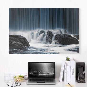 Produktfoto Leinwandbild - Wasserfall in Finnland - Quer 2:3, vergrößerte Ansicht in Wohnambiente, Artikelnummer 212638-XWA