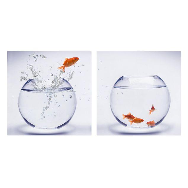 Produktfoto Leinwandbild 2-teilig - Flying Goldfish - Quadrate 1:1, Frontalansicht, Artikelnummer 212864-FF
