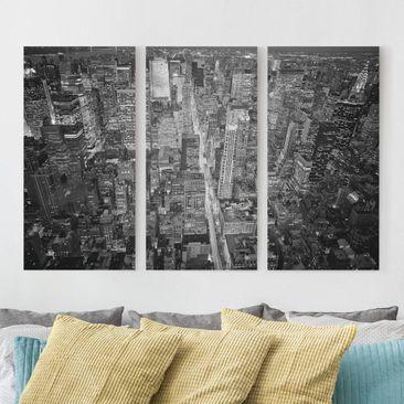 Produktfoto Leinwandbild 3-teilig - Midtown Manhattan II - Hoch 2:1, vergrößerte Ansicht in Wohnambiente, Artikelnummer 213122-XWA